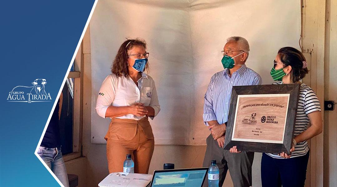 Colégio Shunji Nishimura abre suas portas para uma parceria com o Grupo Água Tirada.